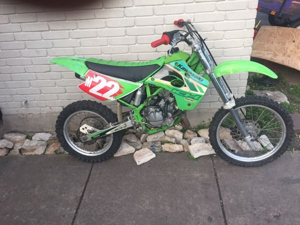 2000 KAWASAKI KX100 DIRT BIKE for rent
